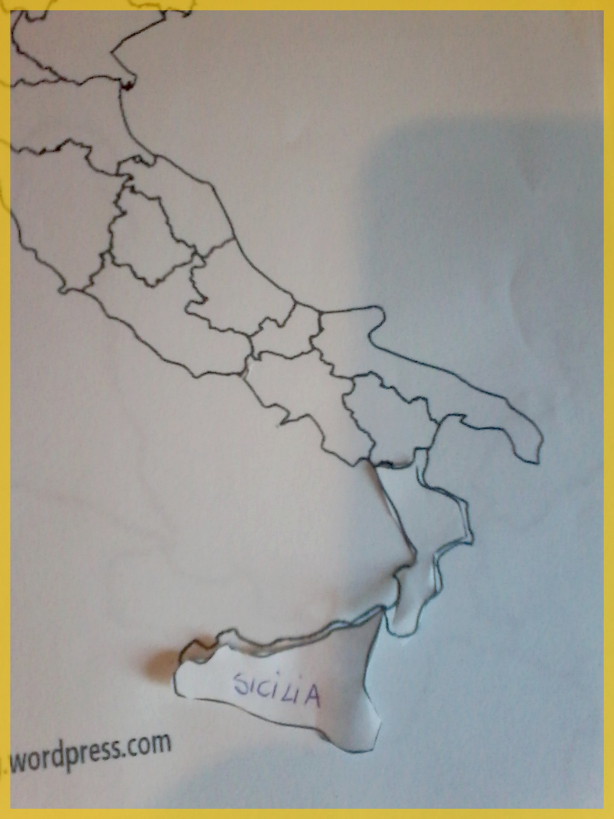Cartina Geografica Italia Regioni Da Stampare.L Italia In Un Puzzle Per Imparare Regioni E Posizioni Per Quaderno Crearegiocando